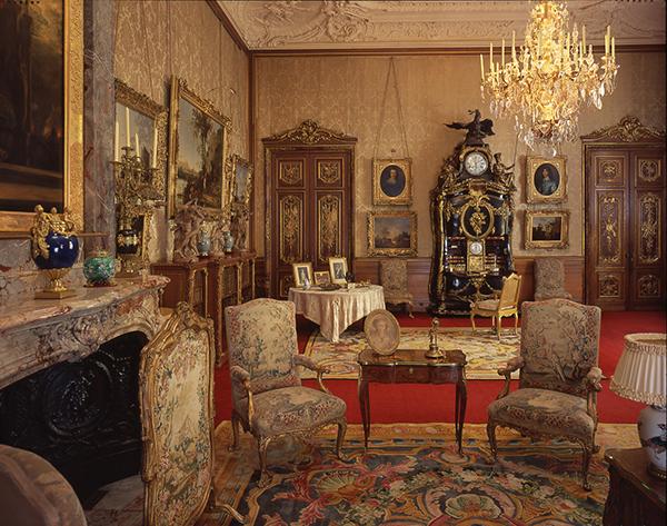 The Morning Room; copyright National Trust; photo John Bigelow Taylor