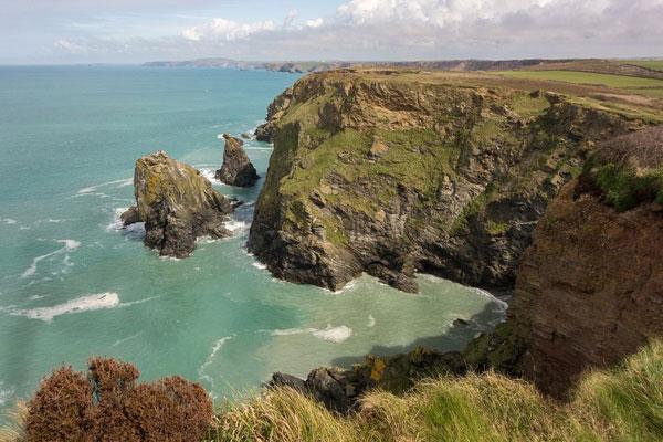 web_Cornwall-Coast---Public-Domain