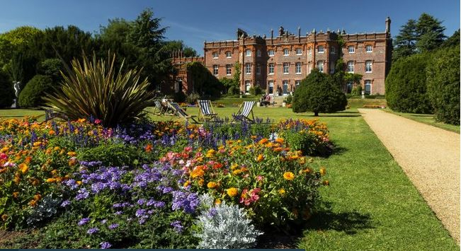 Discover pretty flowers and a magnificent Manor house at Hughenden Hugh Mothersole