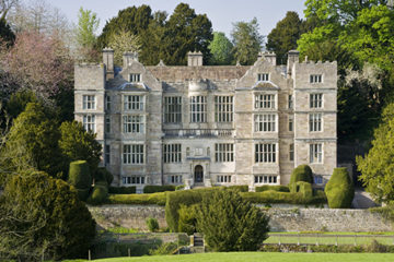 The exterior of Fountains Hall built between 1598 and 1611 which was partly built with stones from the ruins of Fountains Abbey, North Yorkshire ©National Trust Images/Andrew Butler