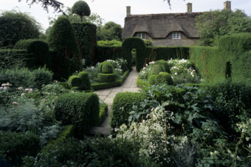 Hidcote Manor Garden, the White Garden ©National Trust Images/Nick Meers