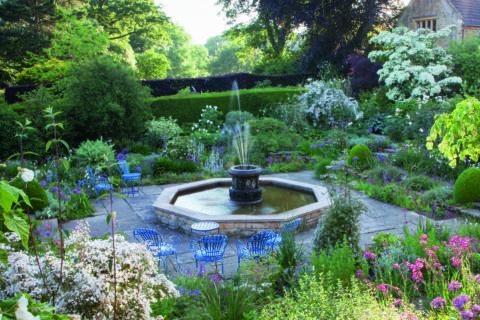 The White Sunk Garden, Kiftsgate Court Gardens ©Anne Chambers