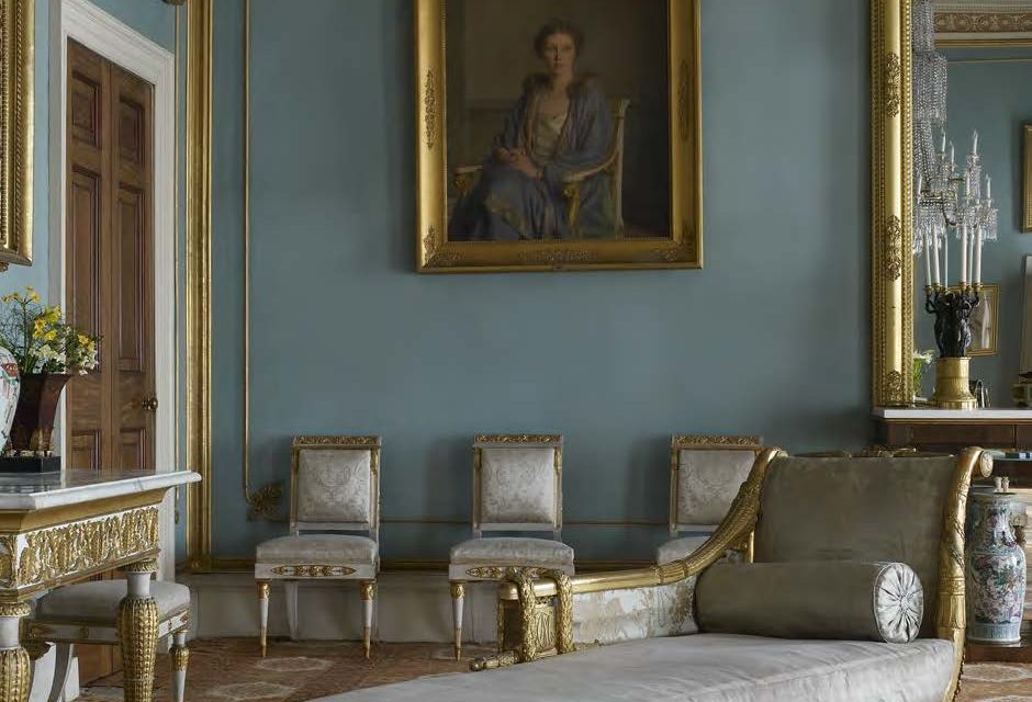 The Drawing Room at Attingham Park, Shropshire, showing several pieces of giltwood and whitepainted Neo-classical Italian furniture, traditionally but erroneously associated with Caroline Murat. © National Trust Images/Paul Barker