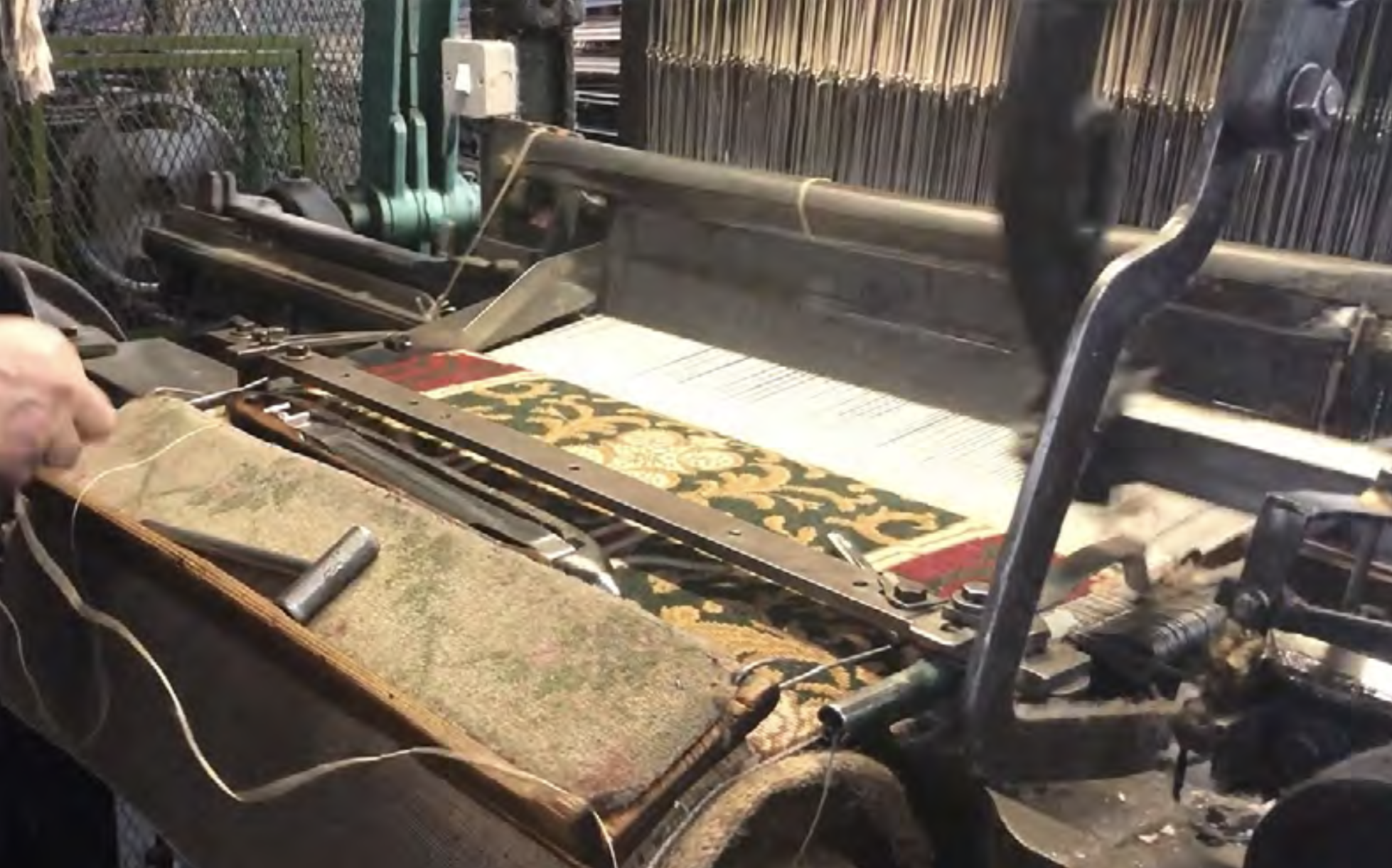 3. The new Carlyle's House carpet on the loom, ©Woodward Grosvenor Ltd