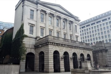 Fishmongers' Hall from Oystergate Walk